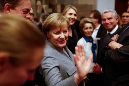 Migranti, espulsioni automatiche. Berlino scarica su Italia e Grecia