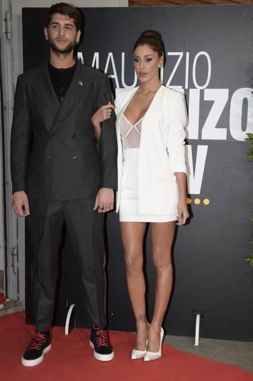 Belen Rodriguez sexy al Maurizio Costanzo Show 13