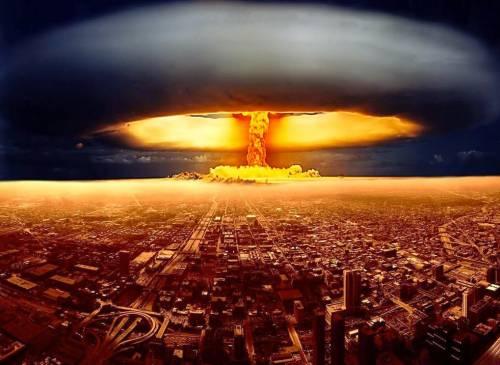 La risposta degli Usa alla Russia: nuova corsa agli armamenti atomici