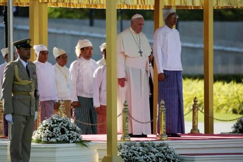 Il viaggio del Papa in Myanmar 4