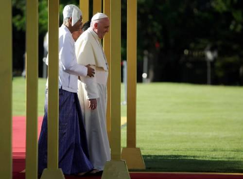 Il viaggio del Papa in Myanmar 12