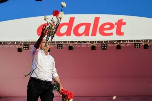"""L'opposizione turca accusa Erdogan: """"Milioni in conti offshore"""""""