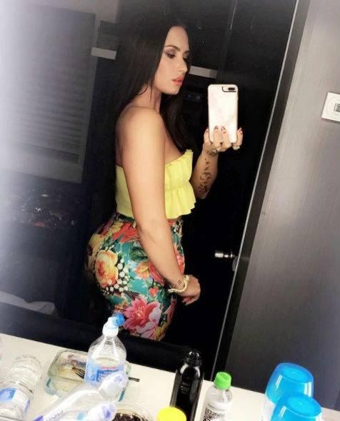 Demi Lovato, scatti sexy 6