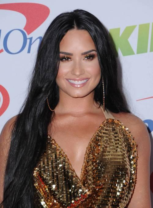 Demi Lovato, scatti sexy 18