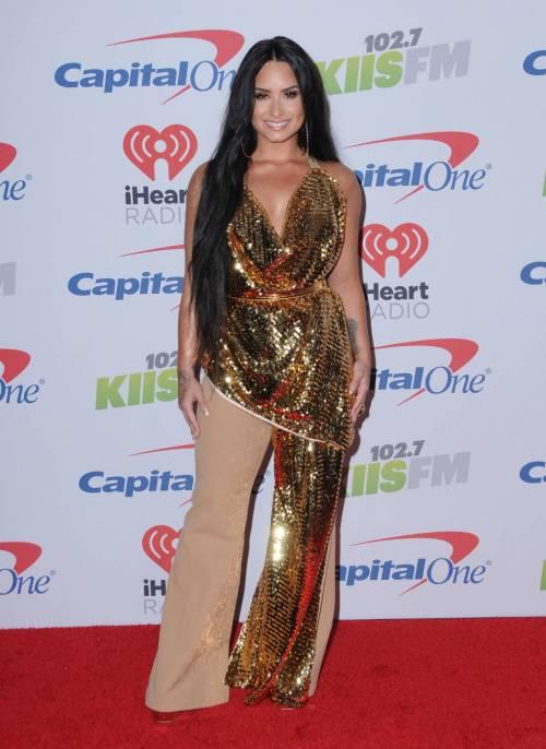 Demi Lovato, scatti sexy 16