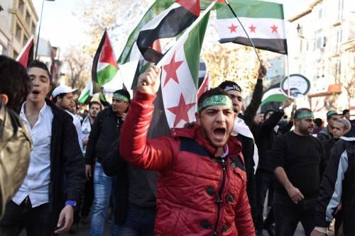 La protesta contro Trump per le strade di Istanbul 11
