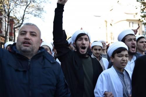 La protesta contro Trump per le strade di Istanbul 3