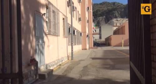 Cefalù, bullismo: dodicenne tenta di darsi fuoco