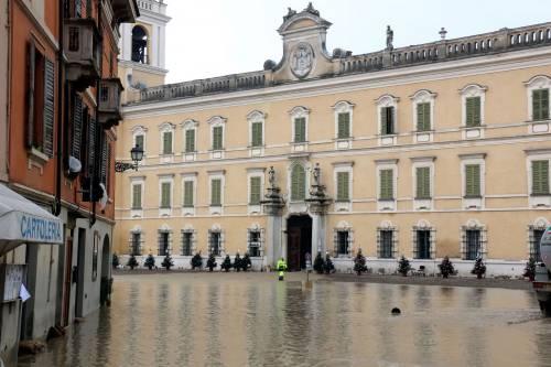 Il torrente Parma esce dagli argini 7