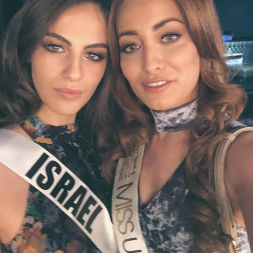 Famiglia di Miss Iraq costretta a fuggire dal Paese per una foto