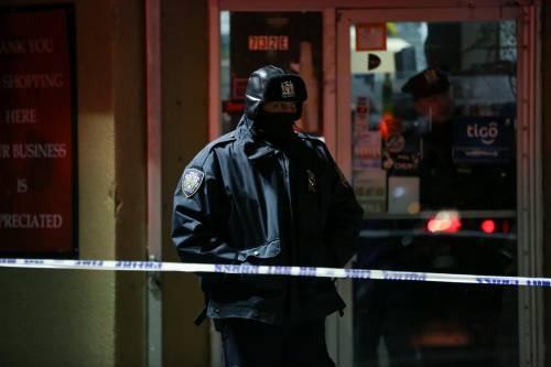 New York, brucia un intero palazzo nel Bronx 9