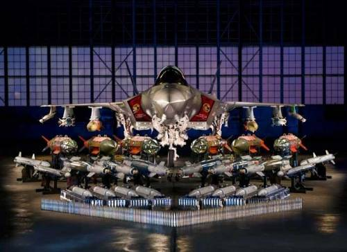 """F-35, Lockheed svela la configurazione """"Beast"""""""