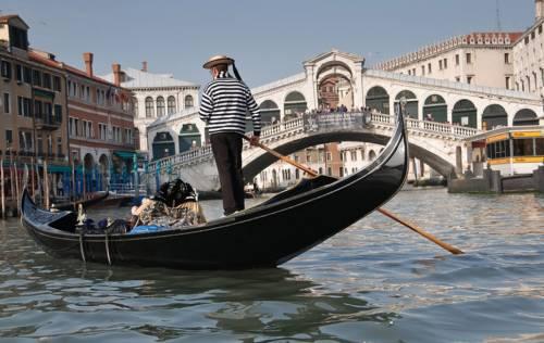 Da Venezia fino alle Cinque Terre. Le mete da evitare (secondo la Cnn)