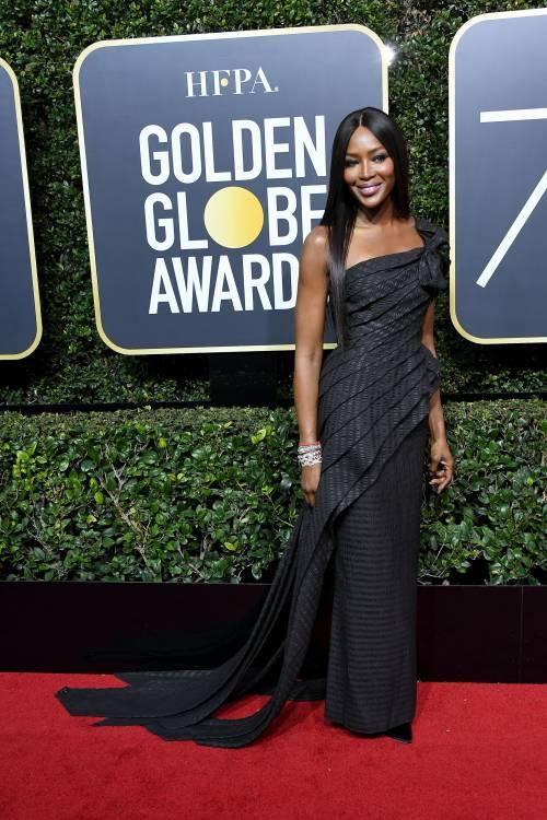 Golden Globe 2018, star in nero sul red carpet 3