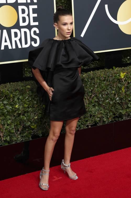 Golden Globe 2018, star in nero sul red carpet 6
