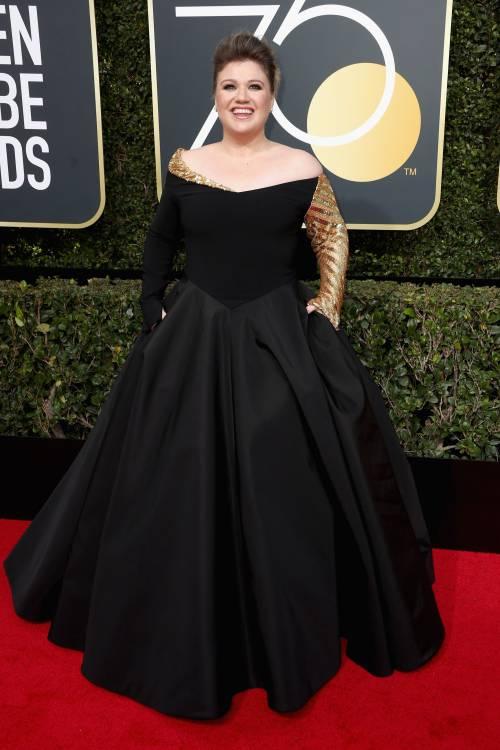 Golden Globe 2018, star in nero sul red carpet 13