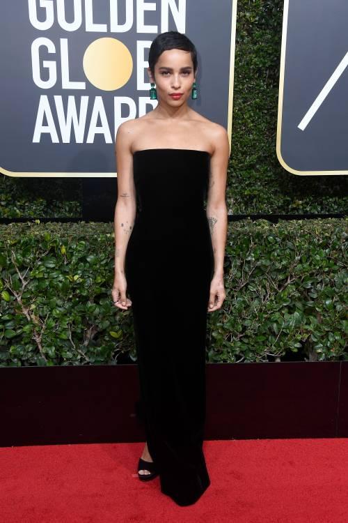 Golden Globe 2018, star in nero sul red carpet 14