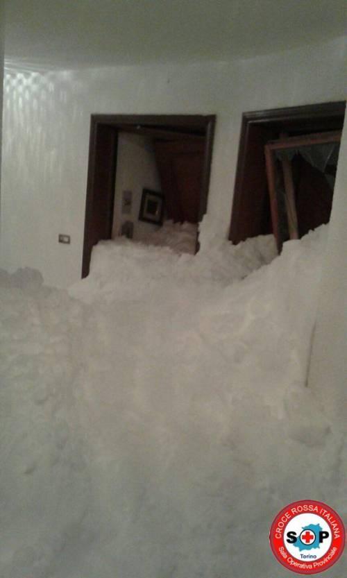 Slavina cade su un condominio a Sestriere: nessun ferito
