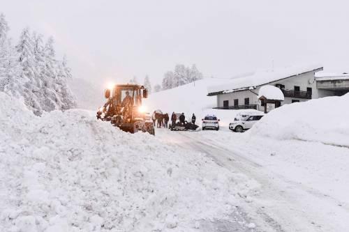 Maltempo, strade interrotte a Cervinia 6