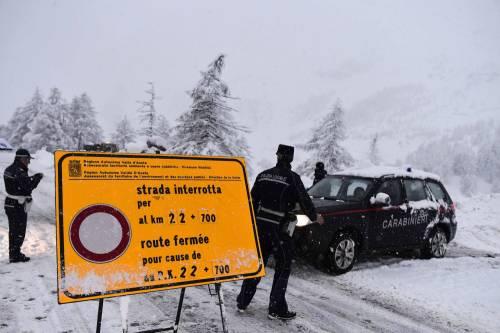 Maltempo, strade interrotte a Cervinia 18