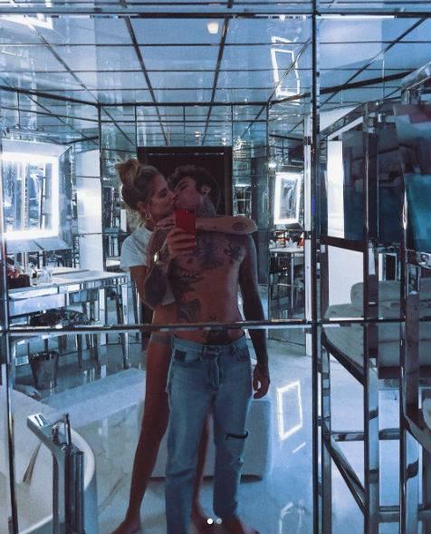 Chiara Ferragni mostra il pancione al settimo mese 19