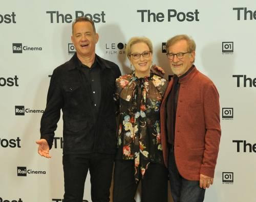 """Spielberg presenta il suo The Post """"Lezione di coraggio per le donne"""""""