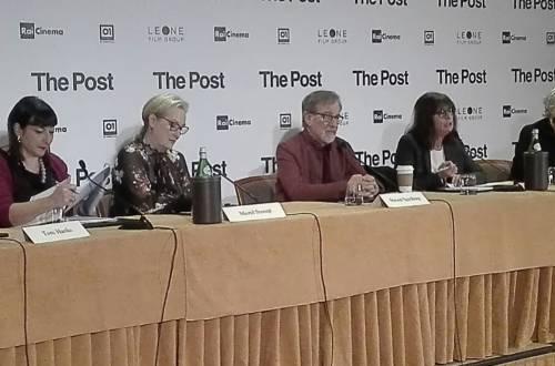 """Il cast di """"The Post"""" a Milano incontra i giornalisti"""