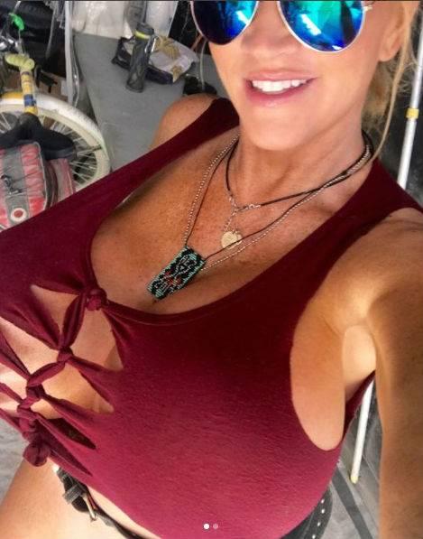 Allegra Cole, le immagini più sexy 12