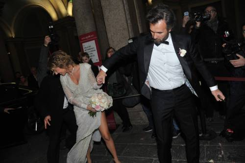 Matrimonio Cracco, si strappa il vestito della moglie