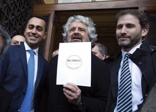 """I redditi dei politici: Grillo sei volte più ricco. La Fedeli """"paperona"""" del governo"""