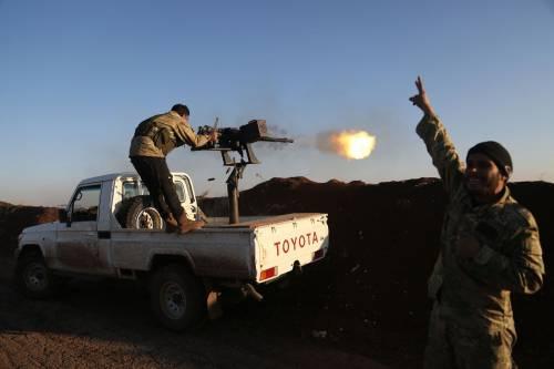 Le milizie filo-turche pronte ad attaccare i curdi 12