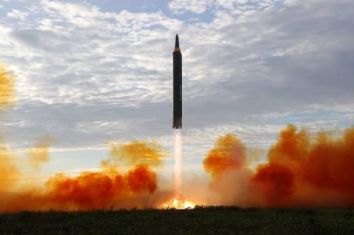 "Hawaii, altro giallo su allarme: ""Pensavamo ci fosse un missile"""