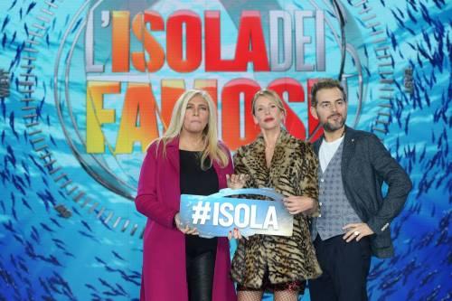 Isola dei Famosi 2018, Alessia Marcuzzi e gli opinionisti 12