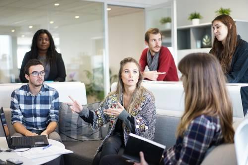 """Il Rotary scommette su giovani e impresa: """"Col lavoro si aiuta la società"""""""