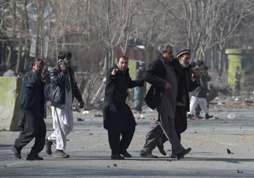 I feriti nell'attentato di Kabul 2