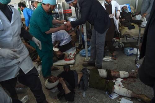 I feriti nell'attentato di Kabul 3
