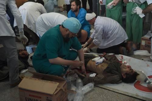 I feriti nell'attentato di Kabul 9