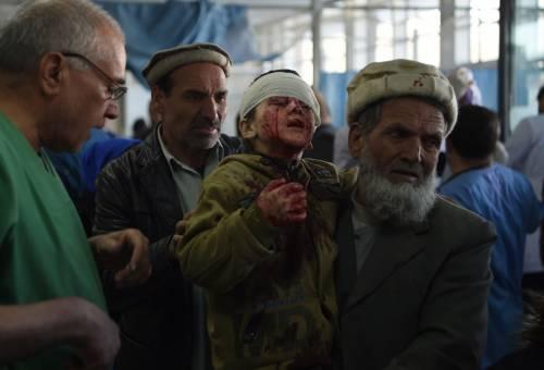 I feriti nell'attentato di Kabul 14