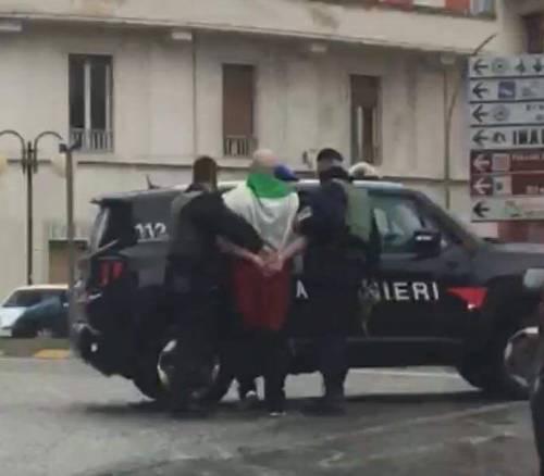 Macerata, la sinistra strumentalizza. Gli italiani sono davvero fascisti?