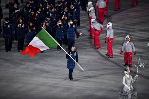 A PyeongChang sfila la bandiera dell'Italia 2