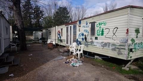 Camping River, tra degrado, roghi e sporcizia 3