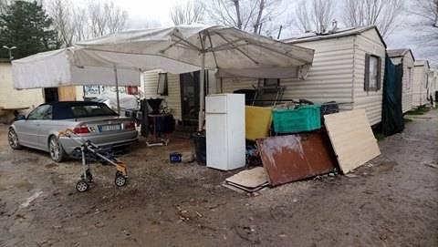Camping River, tra degrado, roghi e sporcizia 6