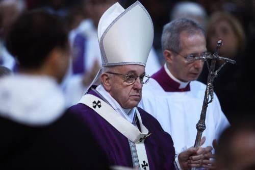 Bergoglio: prima il record di fedeli, poi il declino