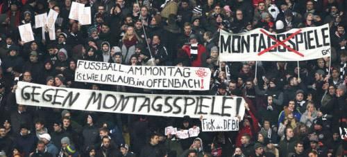 La Bundesliga spacca in due il popolo del pallone