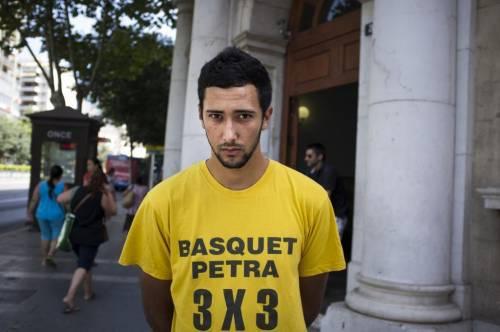 Spagna, insulti al re nelle canzoni: rapper condannato al carcere