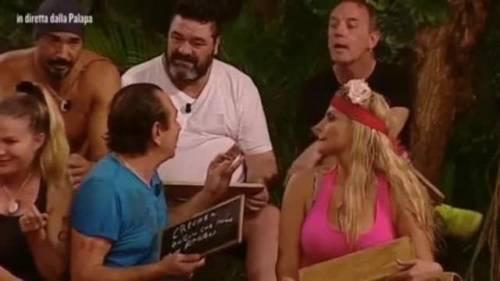 """Isola dei Famosi, Craig: """"Franco mi ha detto che faccio schifo perché sono gay"""""""