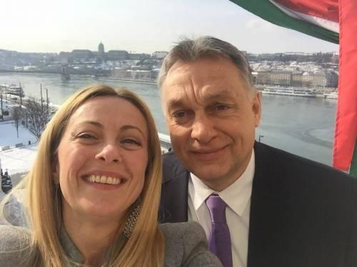 """Meloni incontra Orban a  Budapest: """"Combattere Soros e immigrazione clandestina"""""""