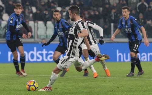 """Juventus, Pjanic sibillino: """"Il Psg un grande club. Io voglio la Champions"""""""