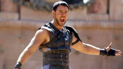 Russel Crowe porta il Gladiatore a Roma