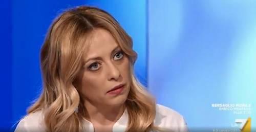 """Radical chic studia..."" E la Meloni sbotta in tv"